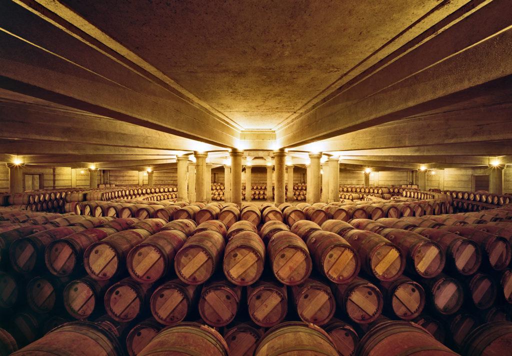 La cantina delloo Chateau Lafite Rotschild a Bordeaux