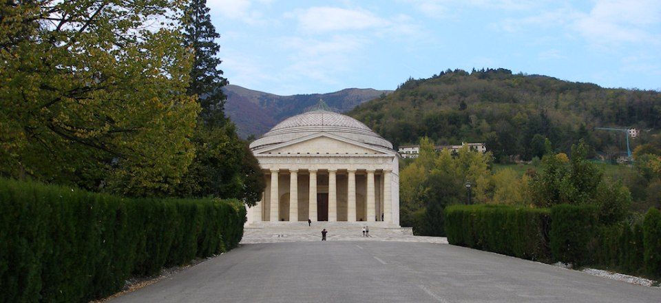 Tempio Canoviano a Possagno